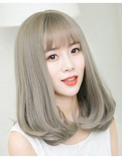 Light color straight synthetic wig