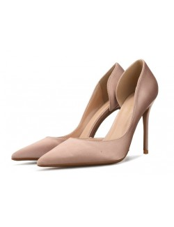 Chaussure en satin nude grande taille