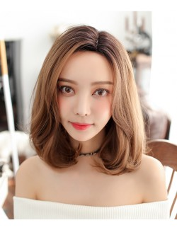 Perruque blonde courte et droite
