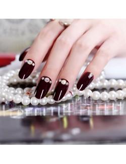 Vernis à ongles cramoisi faux ongles auto-adhésifs