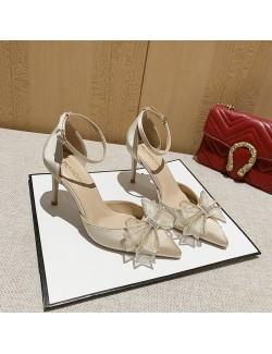 Sandales pointues à talon moyen et bride à nœud