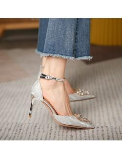 Sandales pointues talon argent brillant avec strass