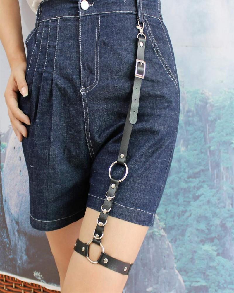 Sexy black thigh garter belt