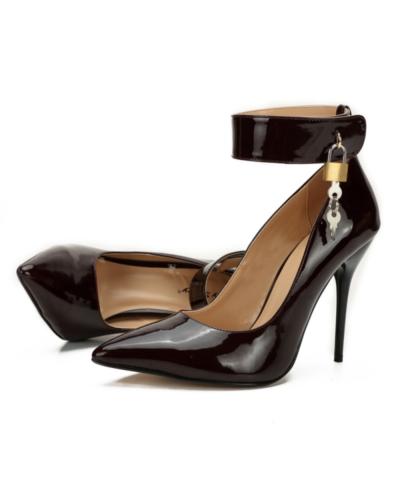Lockable ankle straps pointed high heels