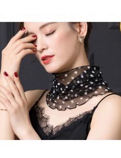 Prints polka dot black/white silk scarf