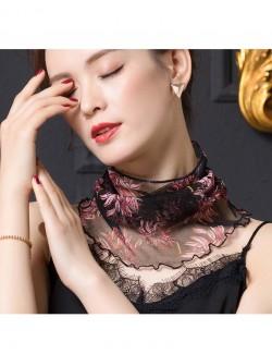 Chrysanthemum design silk scarf