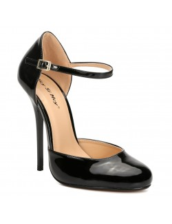 Classic round toed heels pumps