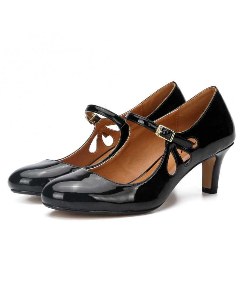 Retro round toe kitten heels