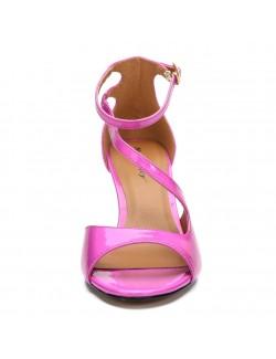 Strappy mid heels sandals