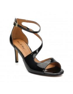Asymmetric strappy mid heels sandals