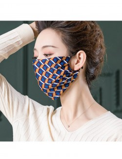 Fashion pattern printed mulberry silk face mask