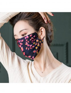 Floral pattern printed mulberry silk face mask
