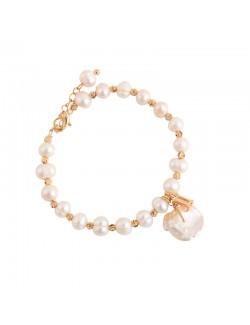 Bracelet de perles minimalisme
