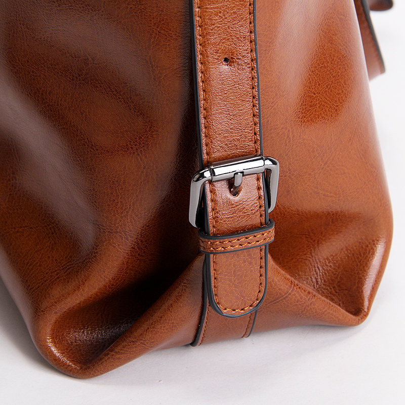 2020 design handbags cowhide oil waxed leather