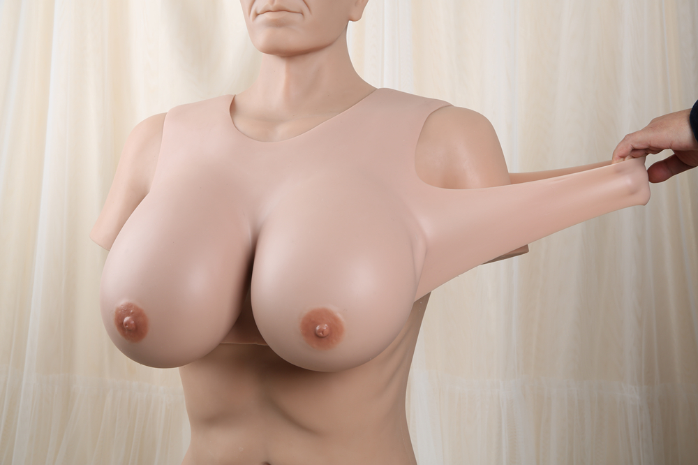 inexpensie silicone biggest breasts froms corssdressing