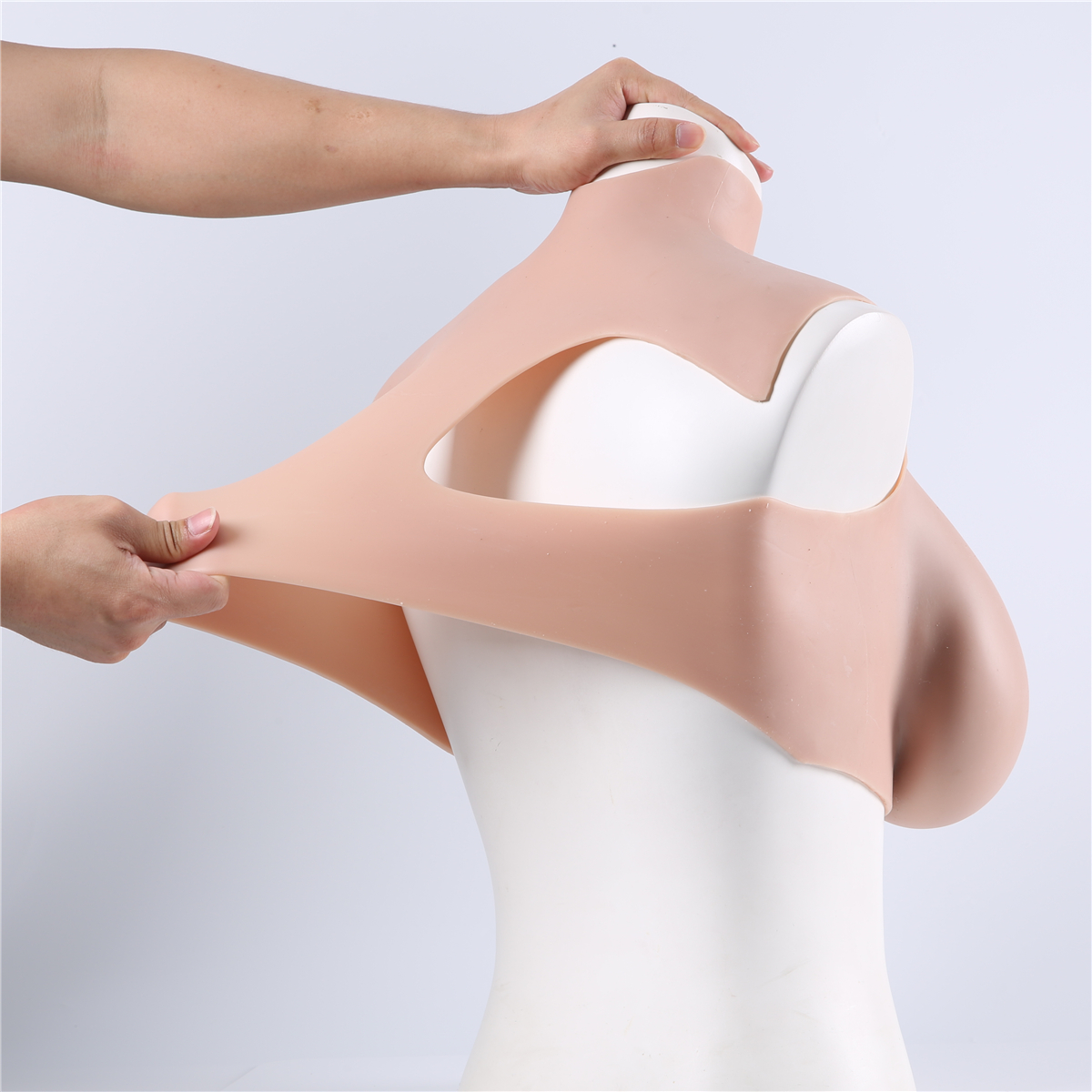 40 H cup comfort silicone breastplate