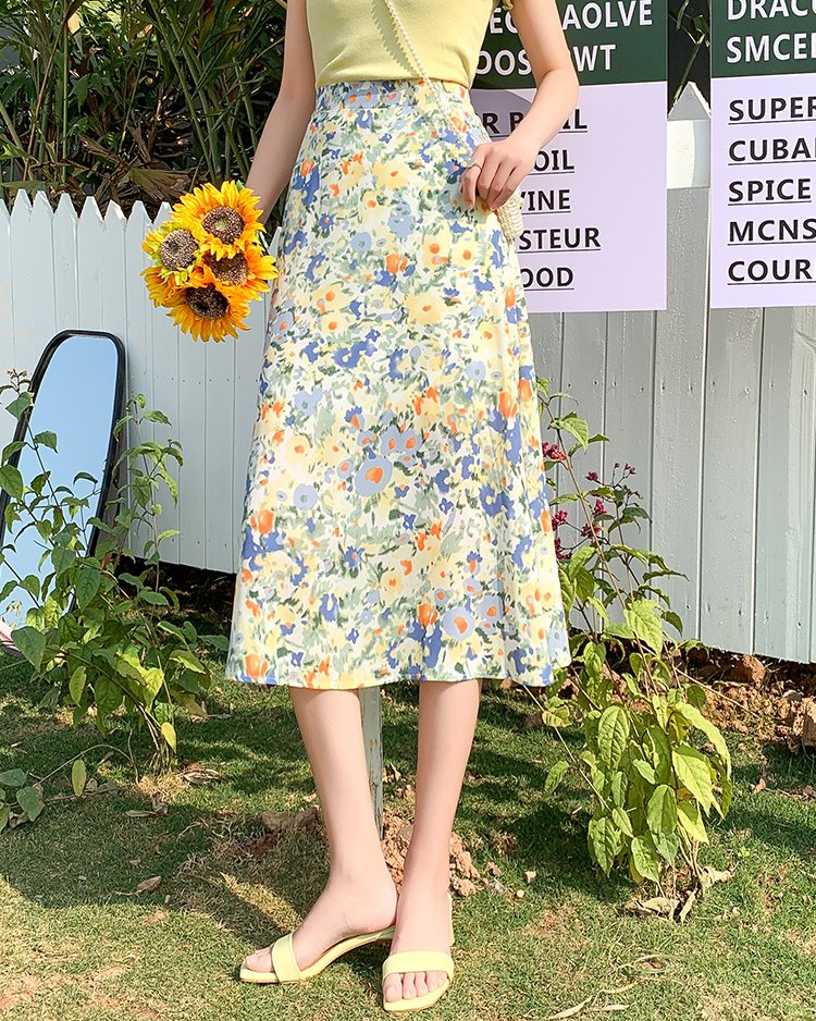 2021 blue chiffon floral skirt